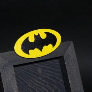 Фото Брошь Бетмен лого
