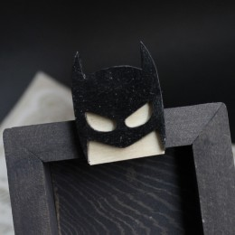 Фото Бэтмен брошка