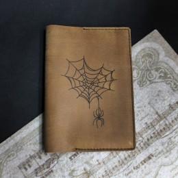 Фото Обложка на паспорт Паук с паутиной