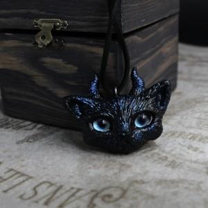 Фото Кулон Демон-кот с ледяными глазами