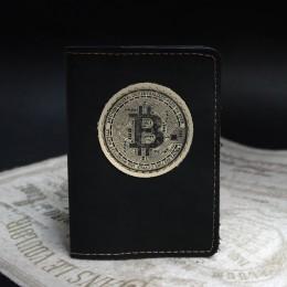 Фото Чёрная обложка на паспорт Биткоин