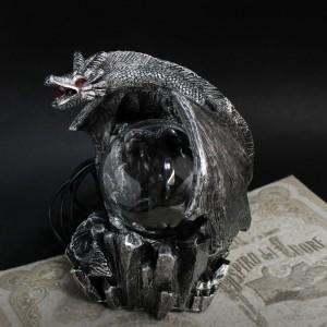 Фото Плазмашар Дракон на камнях