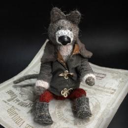Фото Волк в пальто авторская игрушка