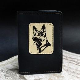 Фото Чёрная обложка на паспорт Немецкая овчарка