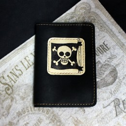 Фото Чёрная обложка на паспорт Пиратский флаг