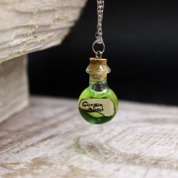 Фото Кулон бутылочка Кровь горгоны