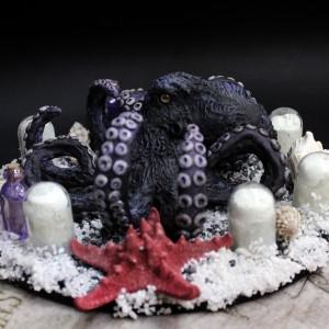 Фото Чёрно-фиолетовый осьминог