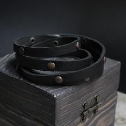 Фото Браслет кожаный многослойный в несколько оборотов с клёпками