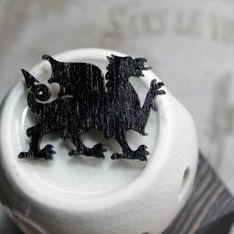 Фото Брошка чёрная Валлийский дракон