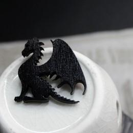 Фото Брошка чёрная Дракон сидящий