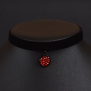 Фото Бархотка с ярко-красной подвеской Друза