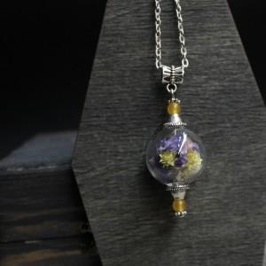 Фото Кулон сфера с фиолетово-жёлтыми цветочками