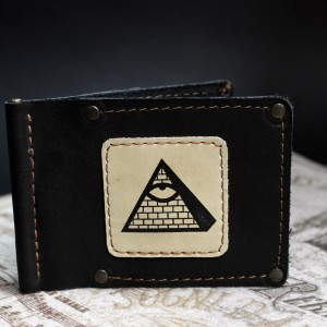 фото Зажим для денег Пирамида