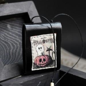 Фото Кулон-книга  Чёрный кот Хэллоуин (разные!)
