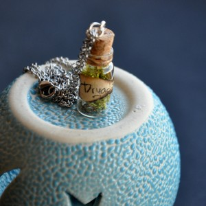 Фото Кулон-бутылочка Сердце дриады
