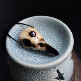 Фото Кулон Череп вороны с гематитом