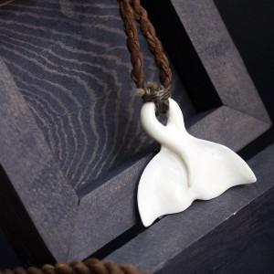 Фото Кулон Хвост кита из кости