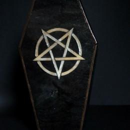 Фото Шкатулка-коробка гроб с пентаграммой