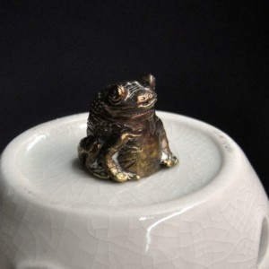 Фото Напёрсток из бронзы Лягушка