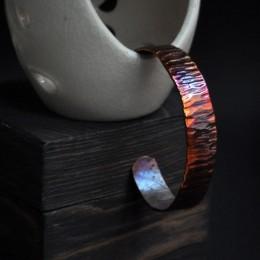 Фото Медный браслет узкий незамкнутое кольцо