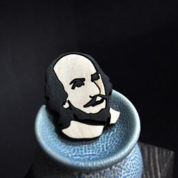 Брошь Уильям Шекспир фото