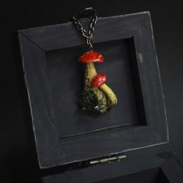 """Фото Кулон грибы с кристаллами """"Ведьмины запасы"""""""
