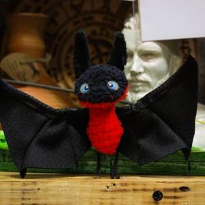 Фото Игрушка летучая мышка Бу