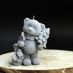 Фото Свеча Медвежонок Тедди с ёлочкой и подарками