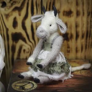 Фото Игрушка Белая коровка по имени Дашка