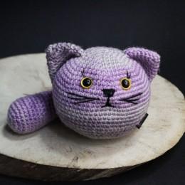 Фото Игрушка вязаная мячик-антистресс Кот полосатый