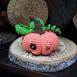 Фото Игрушка вязаная Тыковка, разные цвета