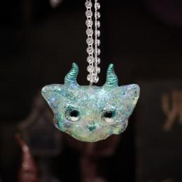 Фото Кулон рогатый кот Звёздный