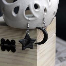 Фото Серьги из дерева чёрные Полумесяц и звезда