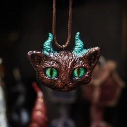 Фото Кулон рогатый кот Змееглаз