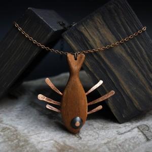 Фото Кулон Рыба из дерева