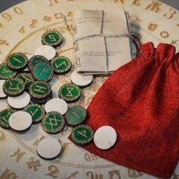Фото Набор рун для гадания в мешочке Старший Футарк