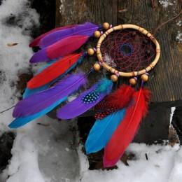 Фото Ловец снов с яркими перьями гуся и цесарки
