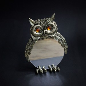 Фото Зеркало настольное Сова латунь