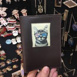 Фото Обложка на паспорт Крутой кот