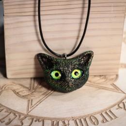 Фото Кулон котик с зелёными глазками