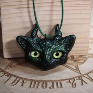"""Фото Кулон рогатый кот """"Подручный ведьмы"""""""