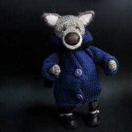Фото Волк в синем пальто, игрушка ручной работы