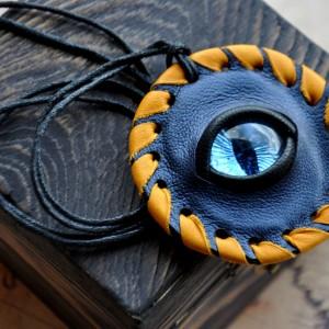 """Фото Кулон сине-оранжевый с голубым глазом """"Наблюдатель"""""""