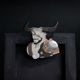 Фото Железный Бык (Dragon age: inquisition) деревянная брошка
